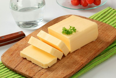 foods that promote gut health like raw butter.